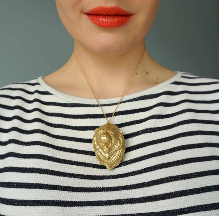 How To Game of Thrones DIY Animal Pendant Necklace Tutorial by The Makeup Dummy