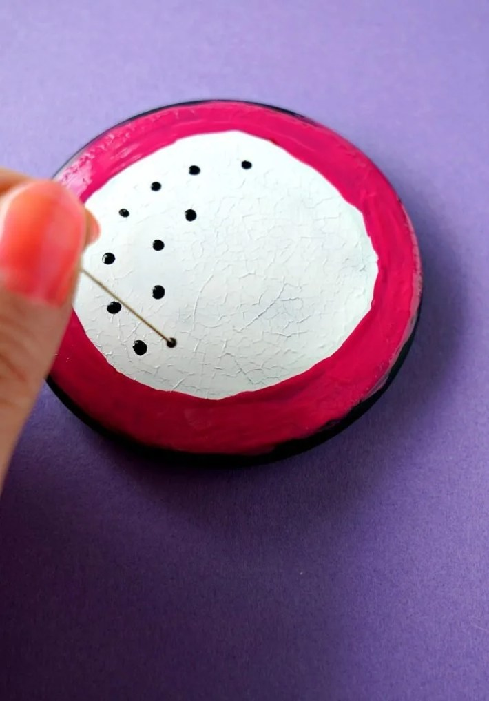 This DIY was SO Easy! How To craft your own Pitaya or Dragon Fruit Mirror Makeover with supplies you already have at home, like nail polish! Tutorial by The Makeup Dummy