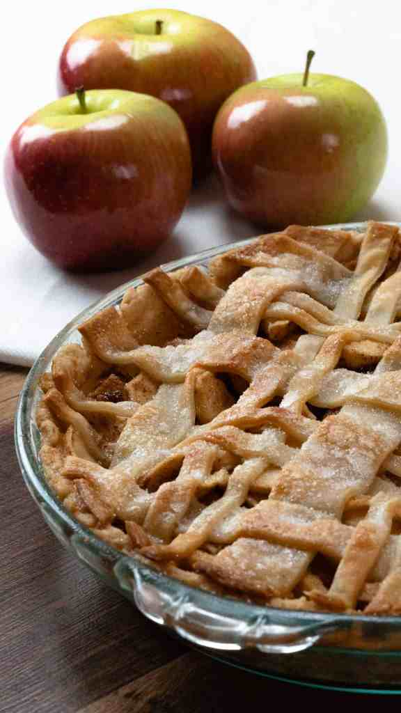 homemade apple pie, plaid, lattice crust, apples, shiny, pie dish, crisp, pie crust, white background Christmas Thanksgiving