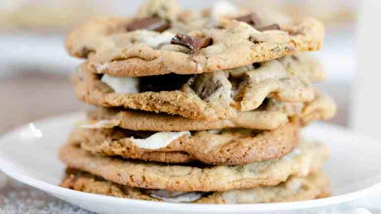 Chocolate Chunk Marshmallow Cookies