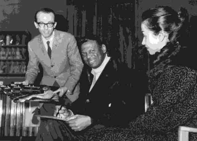 Riccardo Mamoli con Earl Hines, presso Discoland, 1966