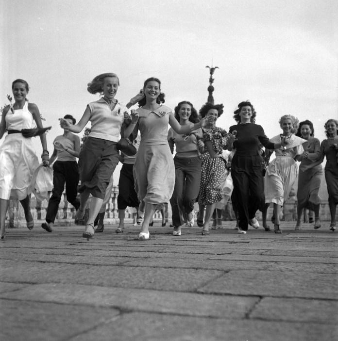 Federico Patellani, Stresa, 1949, Miss Italia, Concorrenti © Federico Patellani - Regione Lombardia / Museo di Fotografia Contemporanea