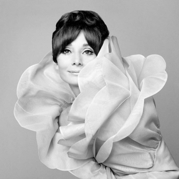 Gian Paolo Barbieri Audrey Hepburn 1969 Fotografia in analogico, 90x90 cm Edizione: 4/15 su Hahnemühle Fine Art Baryta 325 gr. Courtesy: 29 Arts In Progress