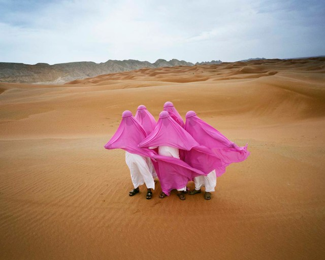Dunes Like You, Dubai, 2016 © Scarlett Hooft Graafland