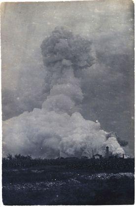 Achivio Carlo Gagliardi, Esplosione.