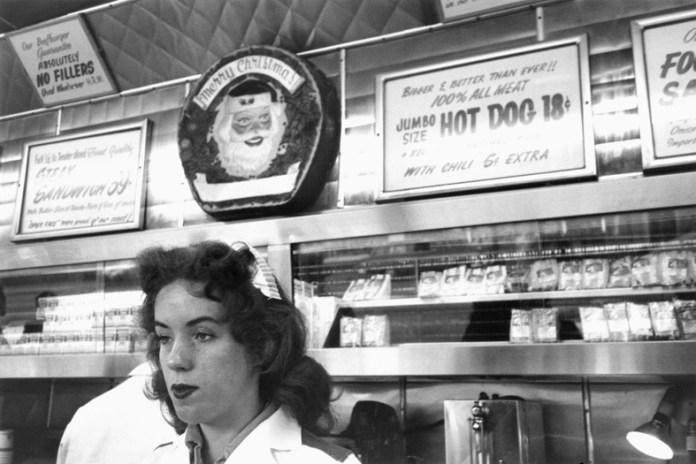 robert-frank-ranch-market-hollywood-1955-56