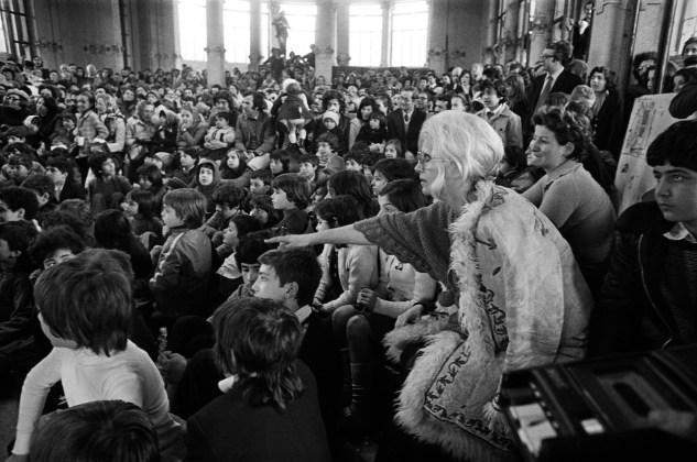 Letizia Battaglia Franca Rame alla Palazzina Liberty. Milano,1974 Courtesy l'artista