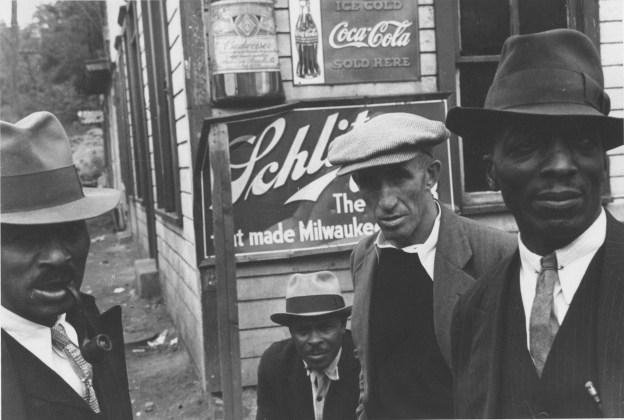 Sunday in Scotts Run, W. Va., Oct. 1935