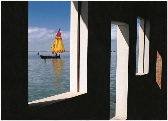 Fulvio Roiter Laguna veneta, Isola di San Giacomo in Paludo, 2005 © Fondazione Fulvio Roiter