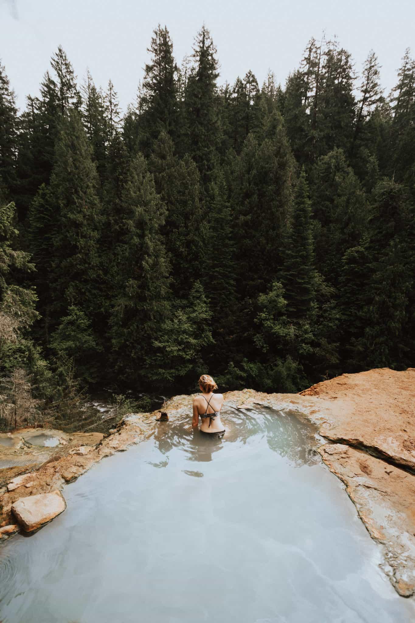 Umpqua Hot Springs, Oregon - TheMandagies.com