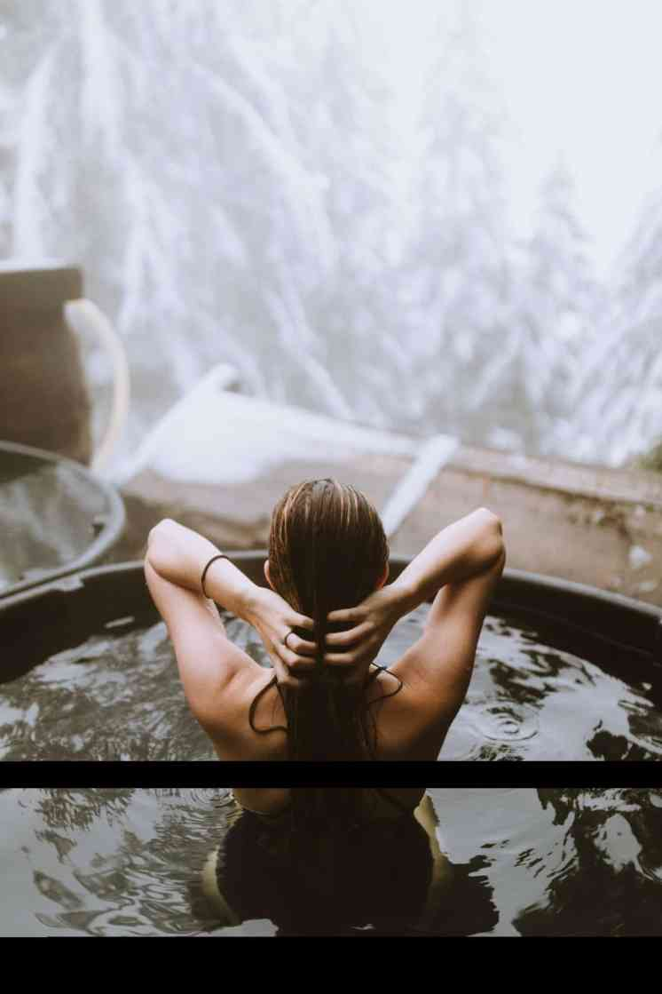 Looking for a winter getaway? Look no further that this dense-forest scenic hot springs in the cascade mountains of Washington! Read of to find out how to get here and get relaxing right away! TheMandagies.com