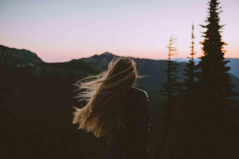 Sunrise at Mount Rainier, Washington - TheMandagies.com