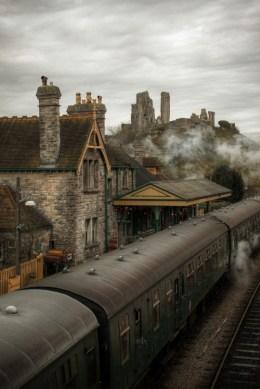 castle train station