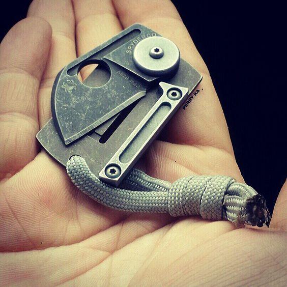 tiny custom pocket knife