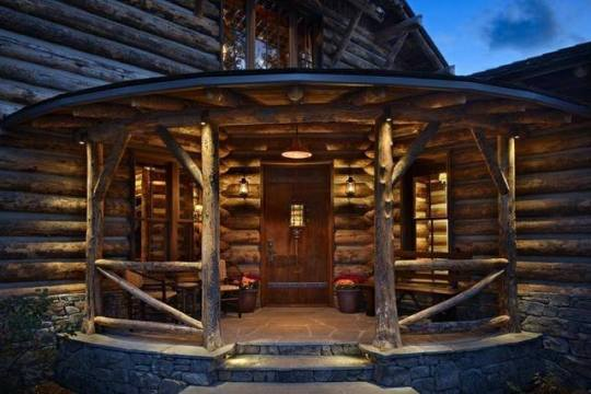 log cabin entryway