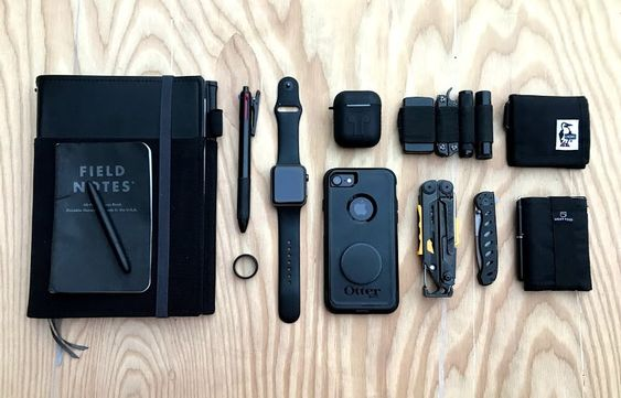 black edc with field notes