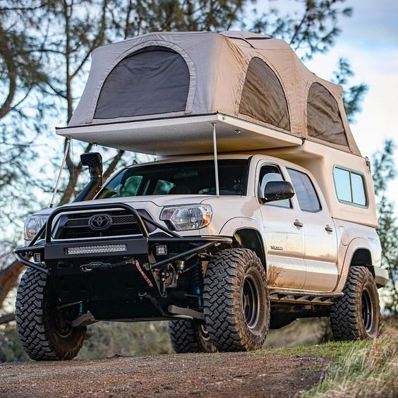 toyota pickup with truck tent