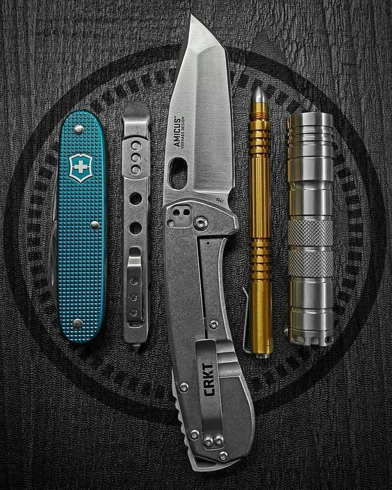 edc with crkt knife