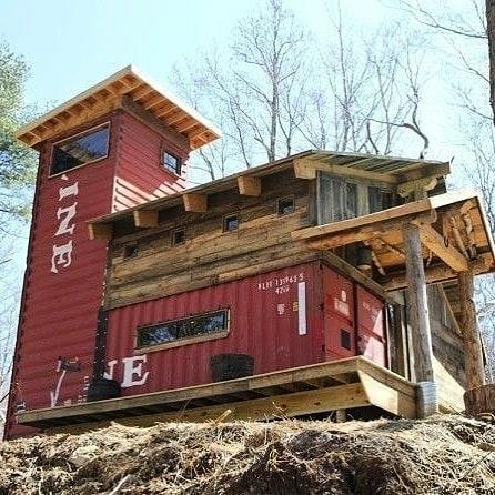 rail car cabin