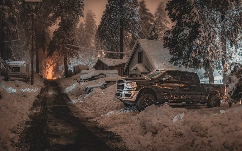 cold night cabins truck