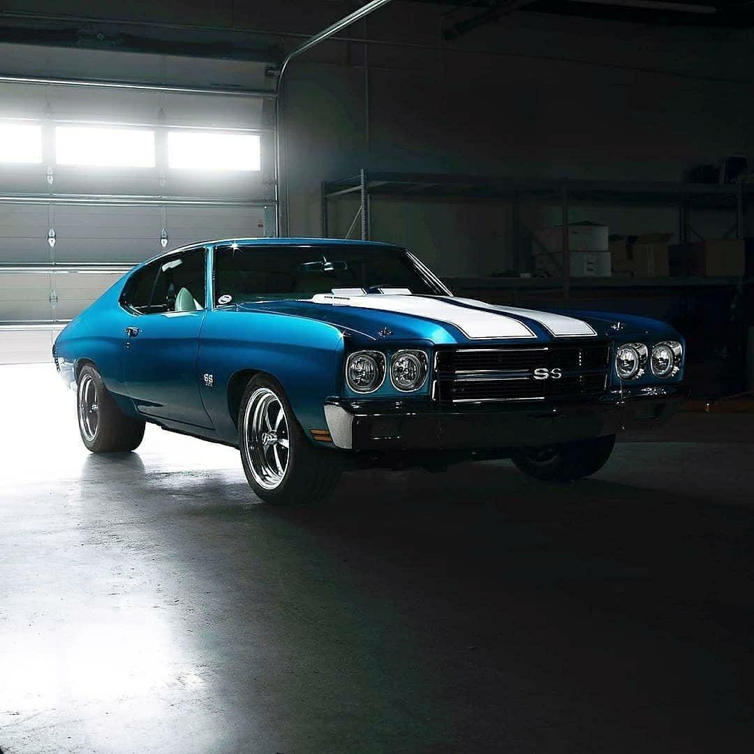 blue 1970 Chevelle