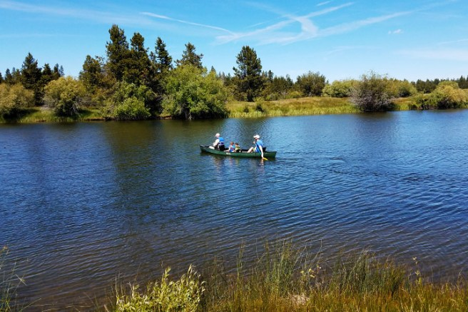 Looking for a great location for a family vacation or reunion? Check out Sunriver, Oregon! Here are 10+ family-friendly activities to do when traveling with kids in and around Sunriver!