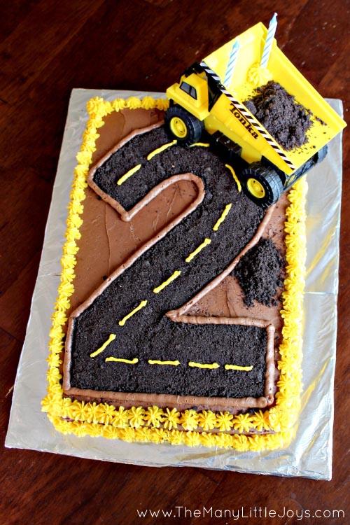 8 Fantastic DIY Birthday Cakes for Boys - The Many Little Joys