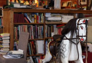Writers and Their Books: Inside Famous Authors' Personal Libraries