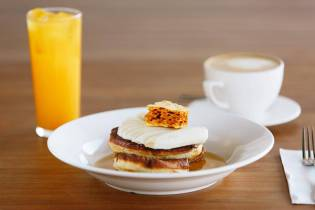 House made ricotta pancakes w banana maple & honey combe