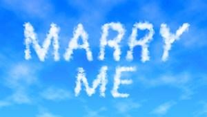 beach proposal ideas, unique proposal ideas, marriage proposal ideas