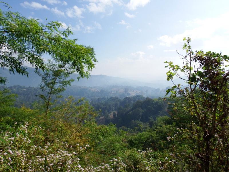 hsipaw trekking myanmar