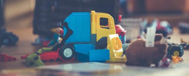 decluttering your child's toys