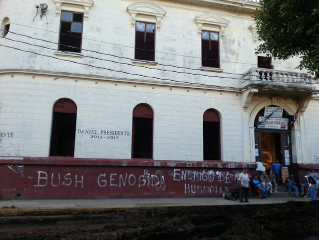Exterior of the Museu de la Revolucion, where graffiti artists have expressed their sentiments about the Bush era