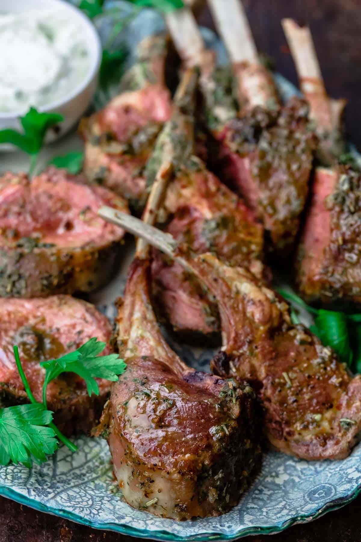 roast rack of lamb with garlic and herbs
