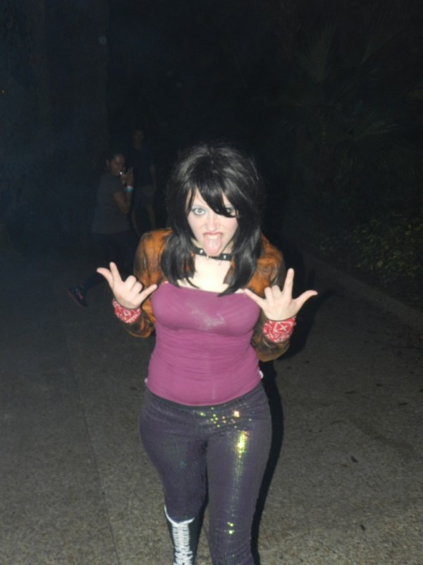 Howl-O-Scream Busch Gardens Tampa Bay.. Rocker zombie chick.