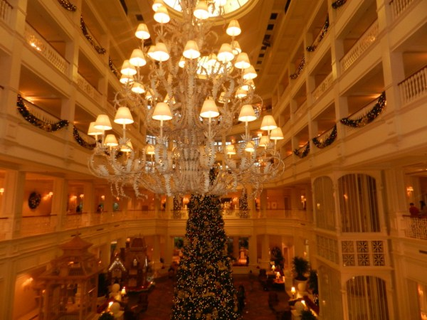 Christmas at the Grand Floridian Resort and Spa christmas tree and chandelier
