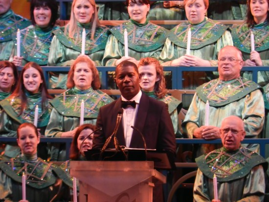 Christmas at Epcot 2013: Candlelight Processional with James Denton
