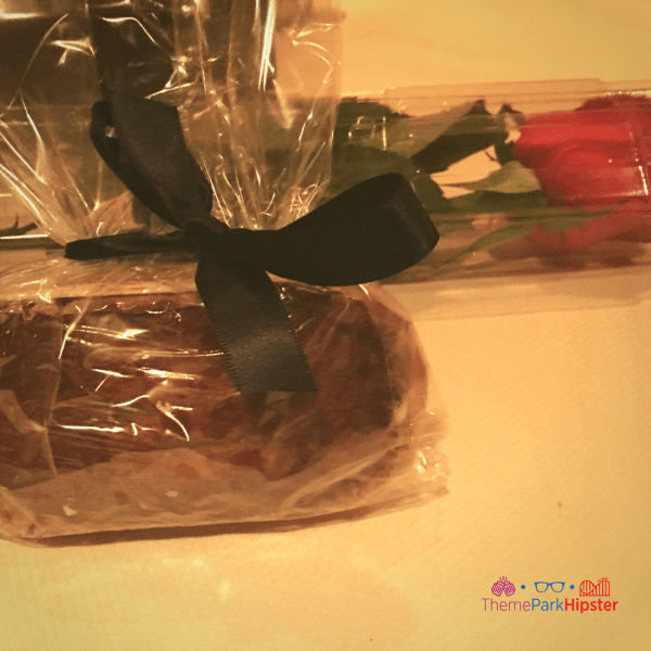 Bread and rose to go Victoria and Albert's