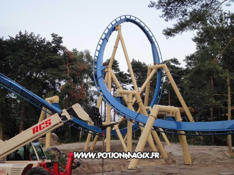 Parc Astérix Inverted Coaster B%26M 2012 %28108%29.jpg