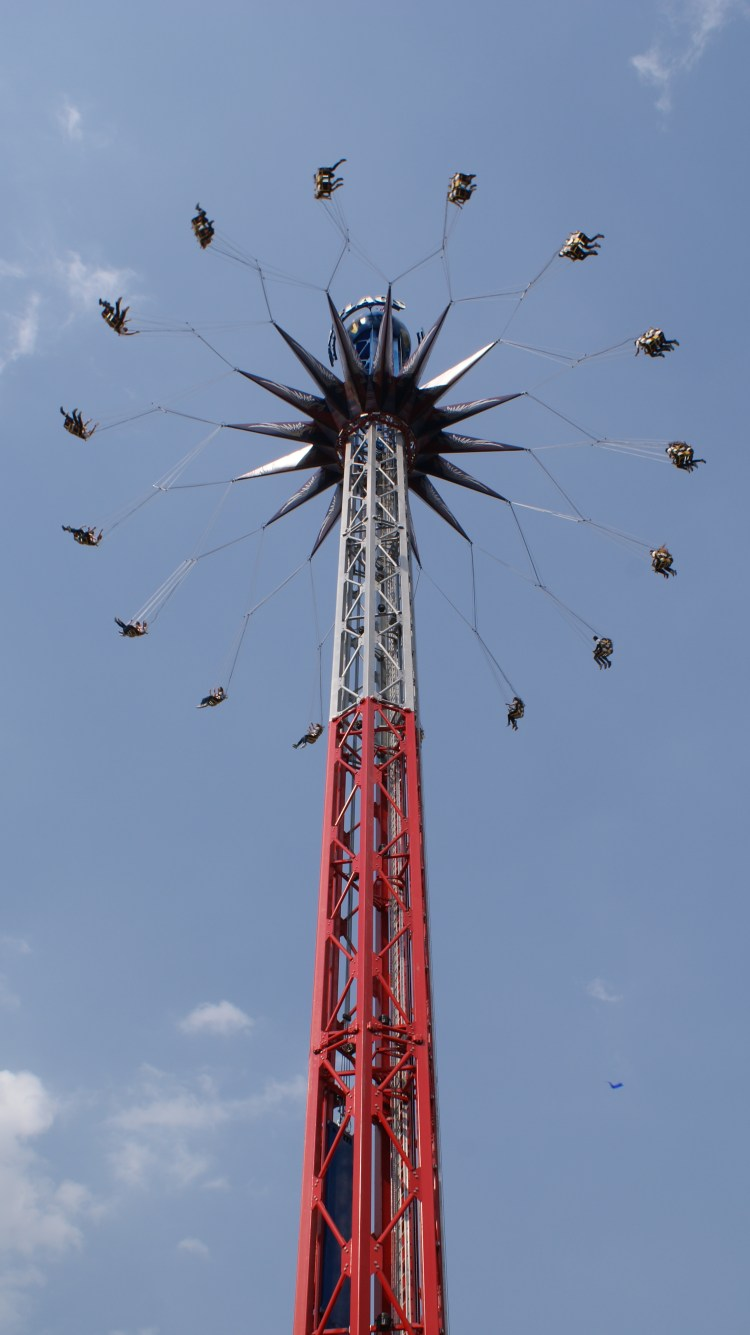 Image: Six Flags