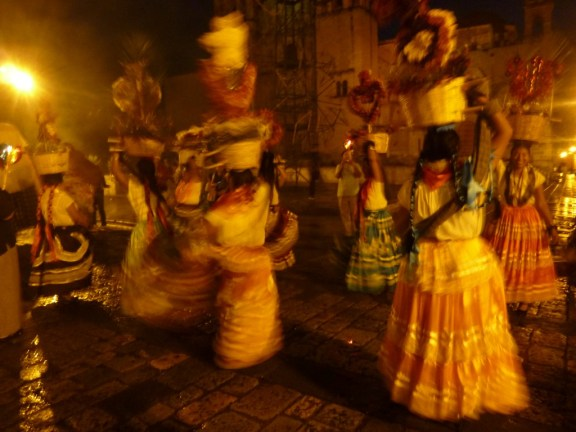 Oaxacan Women in traditional Calenda photo © The MEXICO Report