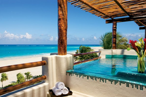 Secrets Maroma Beach Riviera Cancun: Presidential suite terrace featuring a Jacuzzi for two and shimmering Caribbean views (www.TheMexicoReport.com via AMResorts)