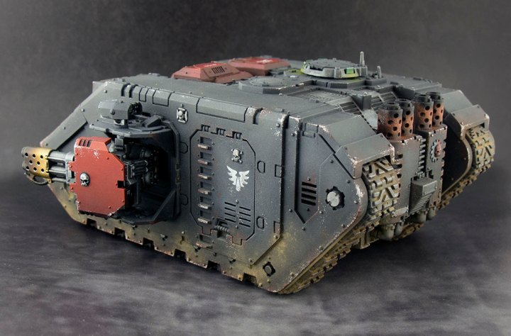 Blood-Angels-Land-Raider-Redeemer-03