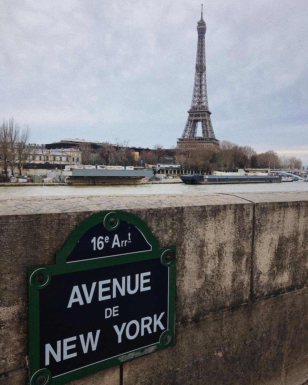 View of the Eiffel Tower on Avenue de New York in Paris