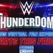 WWE ThunderDome ™, que presenta un escenario de última generación…