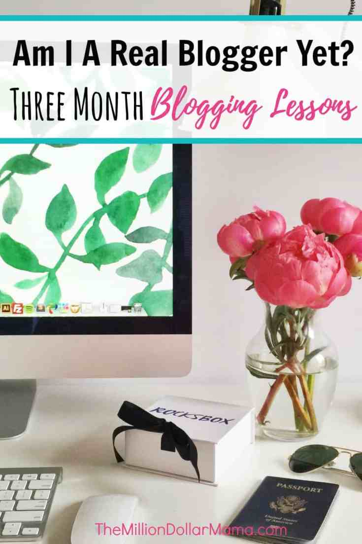 Blogging lessons from a new blogger including the best courses she recommends for newbie bloggers