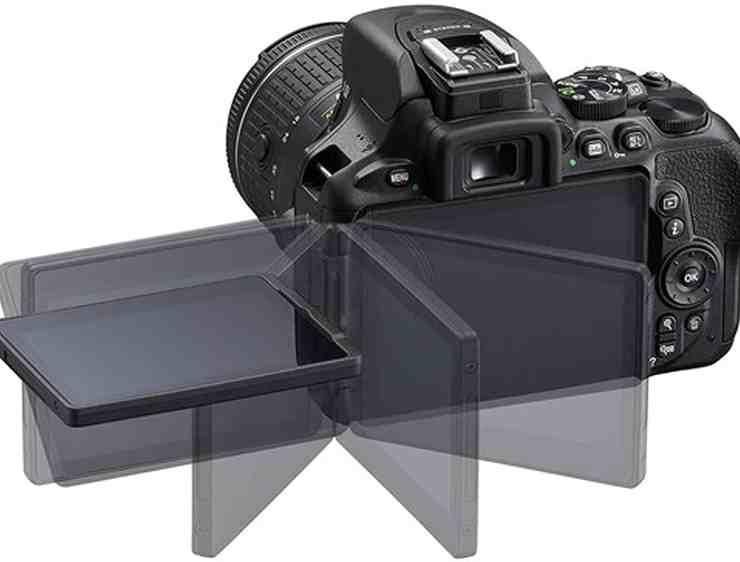 Nikon D5600 DSLR Camera with 18-55mm VR Lens + 32GB Card, Tripod, Case