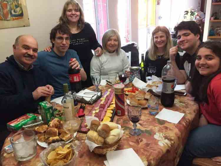 "Sunday feast with Carlos family - ""The personal"" touch"" in a big Argentine city"