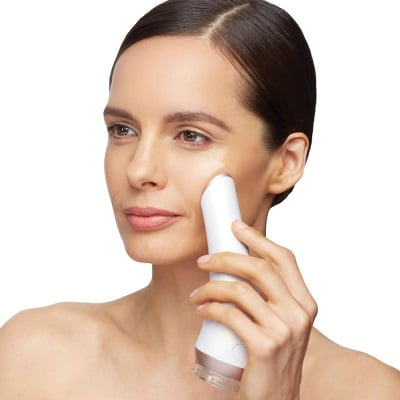 The Only Micro Foaming Deep Facial Cleanser 1