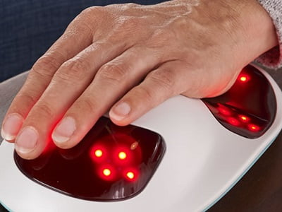 Wrist-And-Finger-Pain-Reliever-1